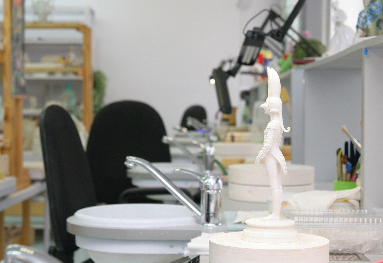 Highly artistic items workshop
