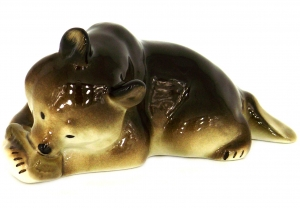 Brown Bear Cub with Honey Lomonosov Imperial Porcelain Figurine