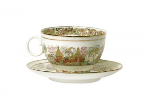 Lomonosov Porcelain Tea Cup and Saucer Apple Landscape Frieze 5.4 fl. oz/160 ml